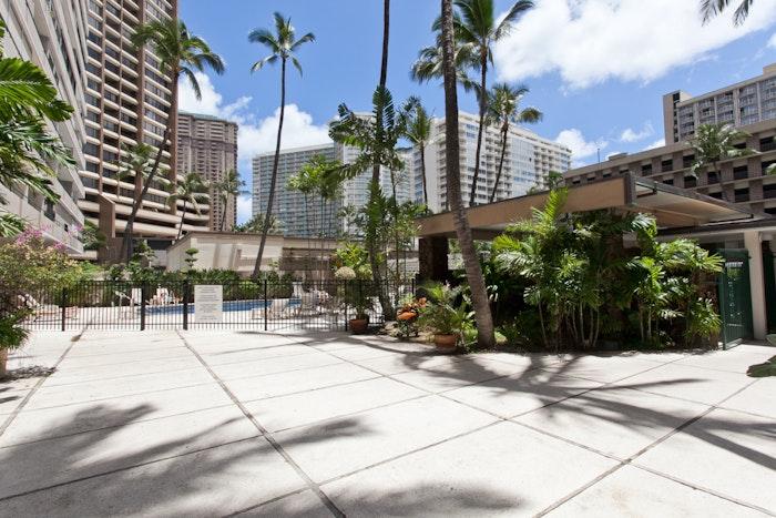Tradewinds Plaza Waikiki